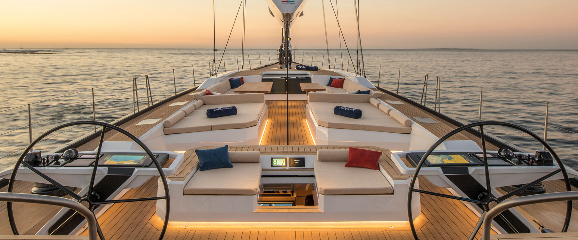 DISCOVER OUR CHARTER FLEET